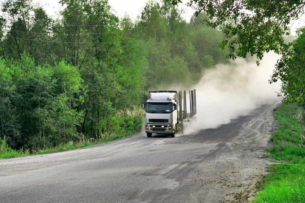 driving truck loos its brake