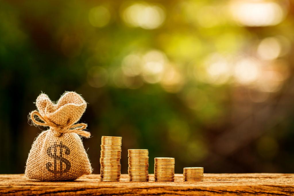 saving and growing money